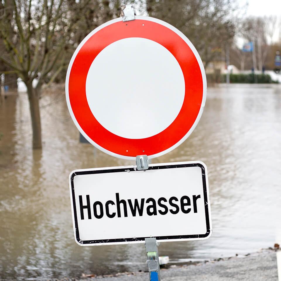 Hochwasserschäden: Kosten als außergewöhnliche Belastungen geltend machen!