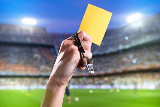Für die steuerfreien Sonntagszuschläge bekam die Sportmannschaft die gelbe Karte.